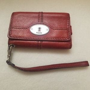 Fossil IPhone 4 Marlow wristlet Red Pebble Leather
